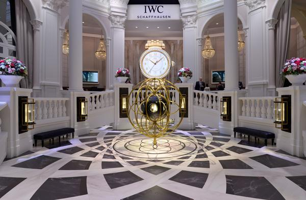 IWC万国表盛邀来宾探索时间密码
